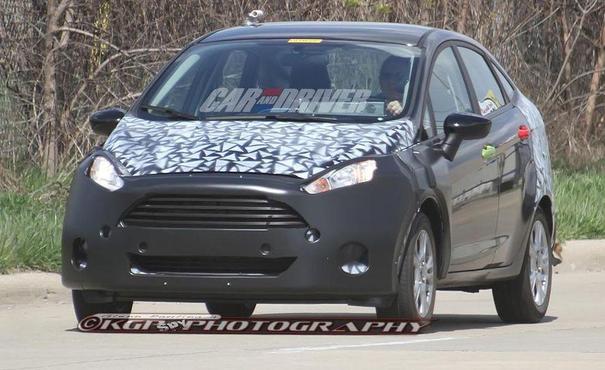 2014 Ford Fiesta hatchback (spy photo) - Slide 12