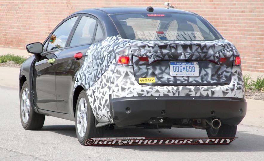 2014 Ford Fiesta hatchback (spy photo) - Slide 15