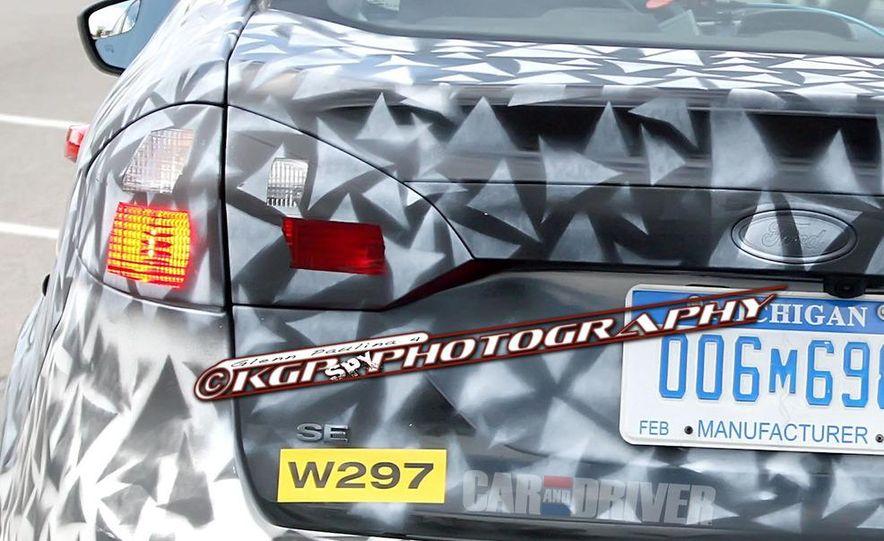 2014 Ford Fiesta hatchback (spy photo) - Slide 17