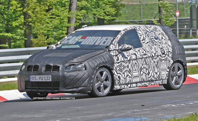 2014 Volkswagen Golf GTI 4-Door Spy Photos