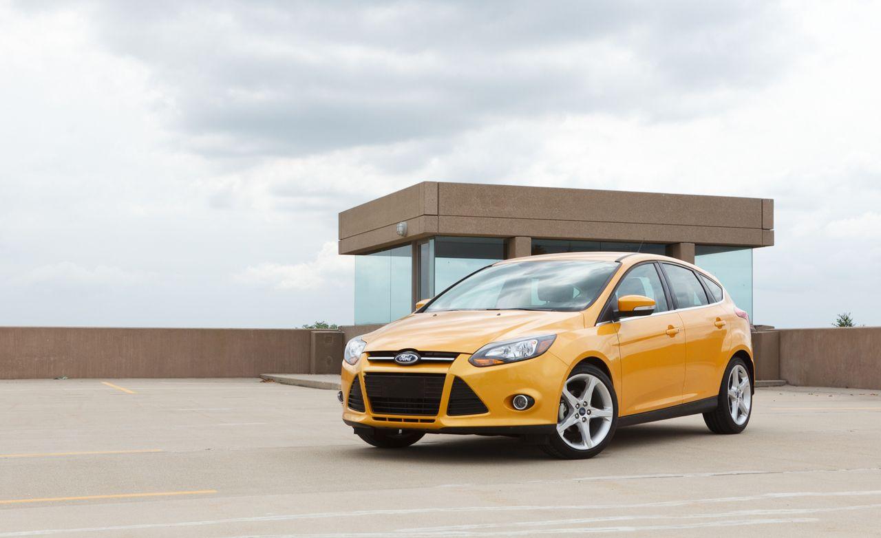 2012 Ford Focus Titanium Hatchback Manual