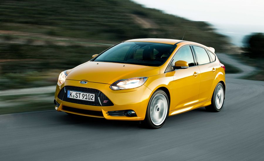 2013 ford focus st first drive review car and driver. Black Bedroom Furniture Sets. Home Design Ideas
