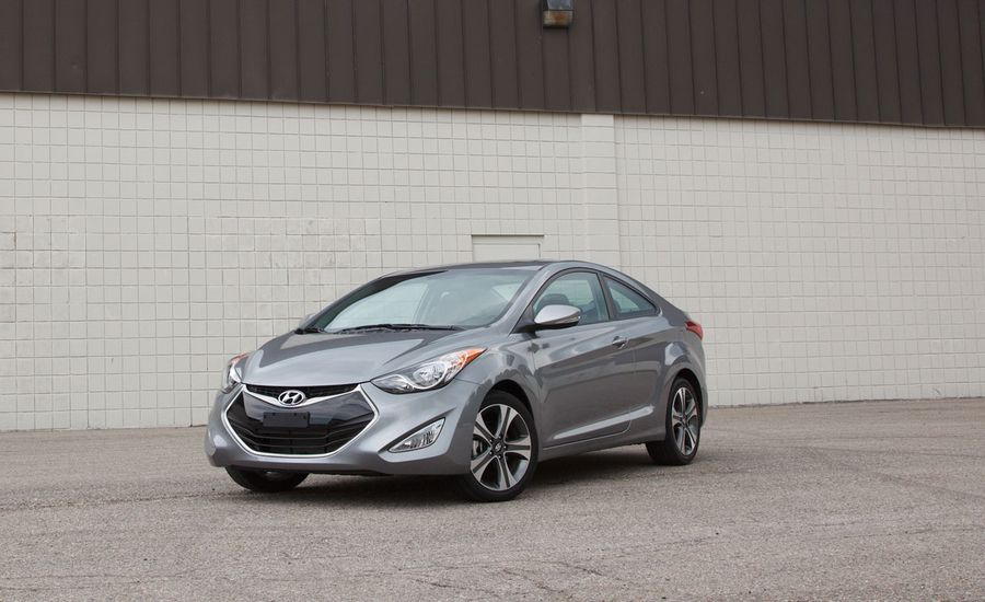 2013 hyundai elantra coupe instrumented test review car and driver. Black Bedroom Furniture Sets. Home Design Ideas