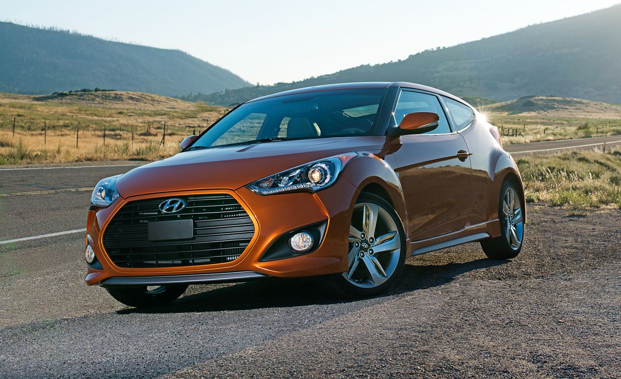 2013 Hyundai Veloster Turbo First Drive Review Car And Driver