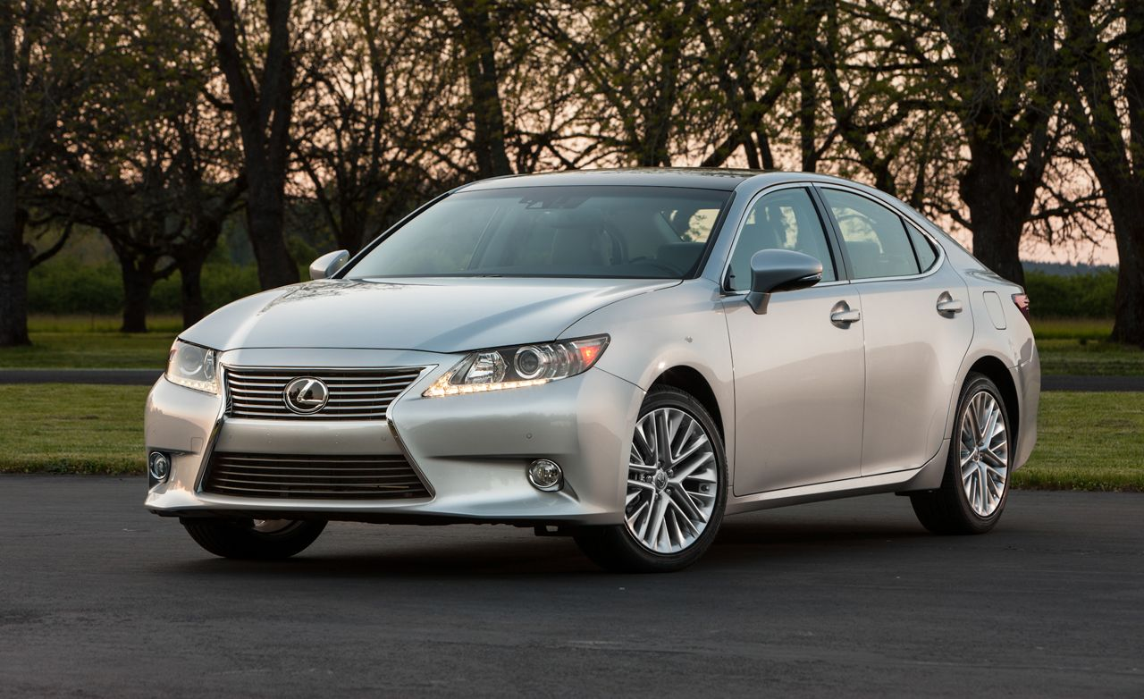2013 Lexus Es350 First Drive Review Car And Driver