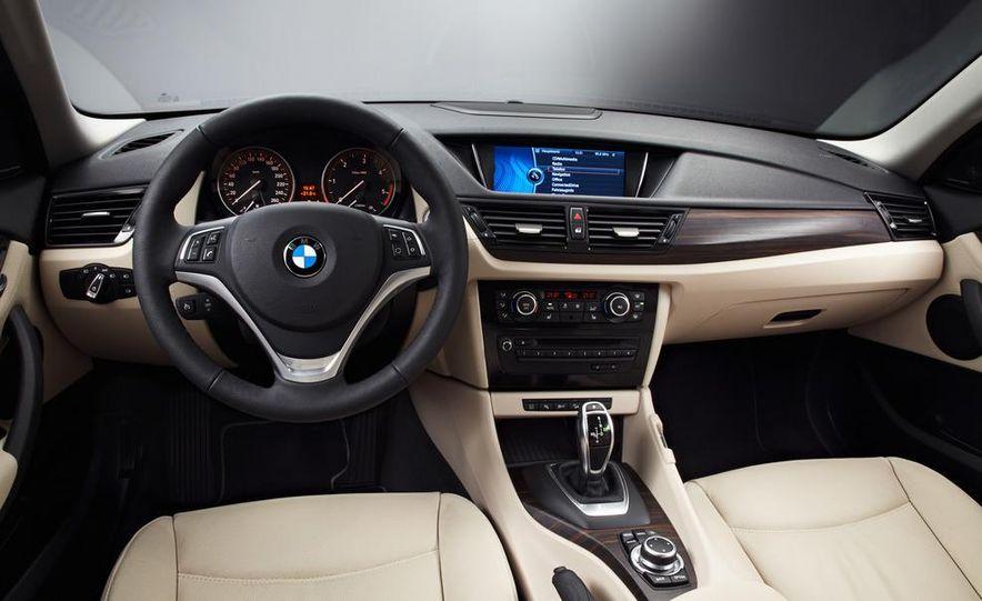 2013 BMW X1 - Slide 10