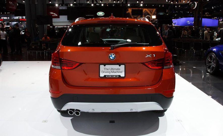 2013 BMW X1 - Slide 2
