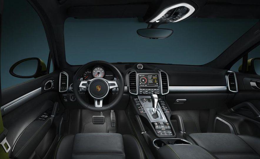 2013 Porsche Cayenne GTSs - Slide 33
