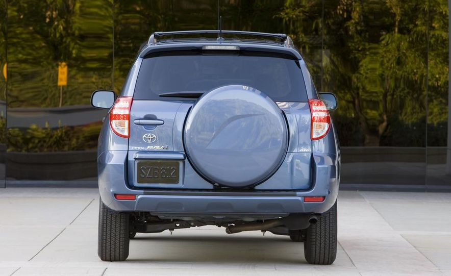 2013 Toyota RAV4 (spy photo) - Slide 17