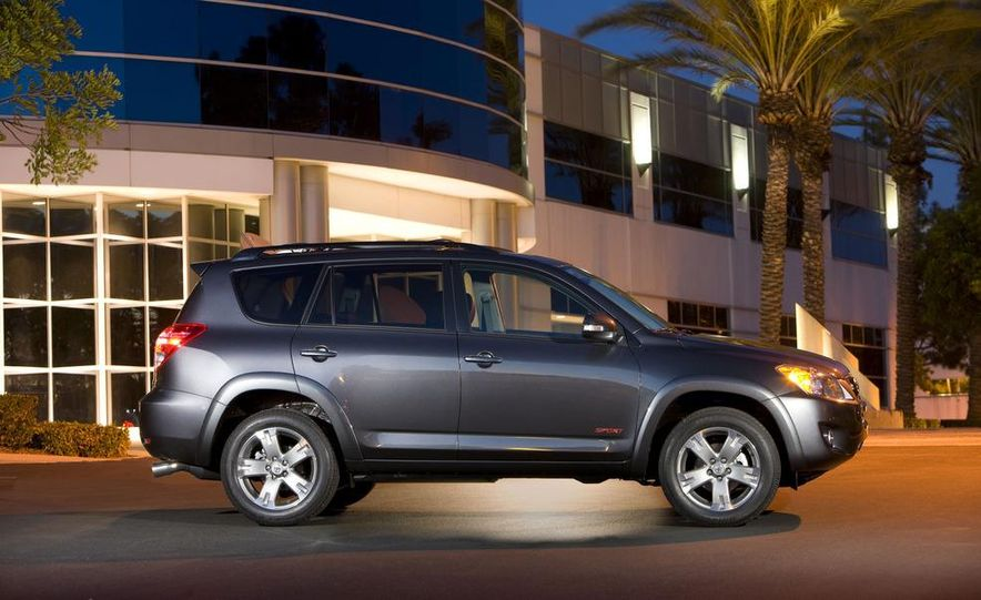 2013 Toyota RAV4 (spy photo) - Slide 22