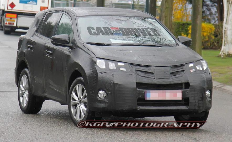 2013 Toyota RAV4 (spy photo) - Slide 2
