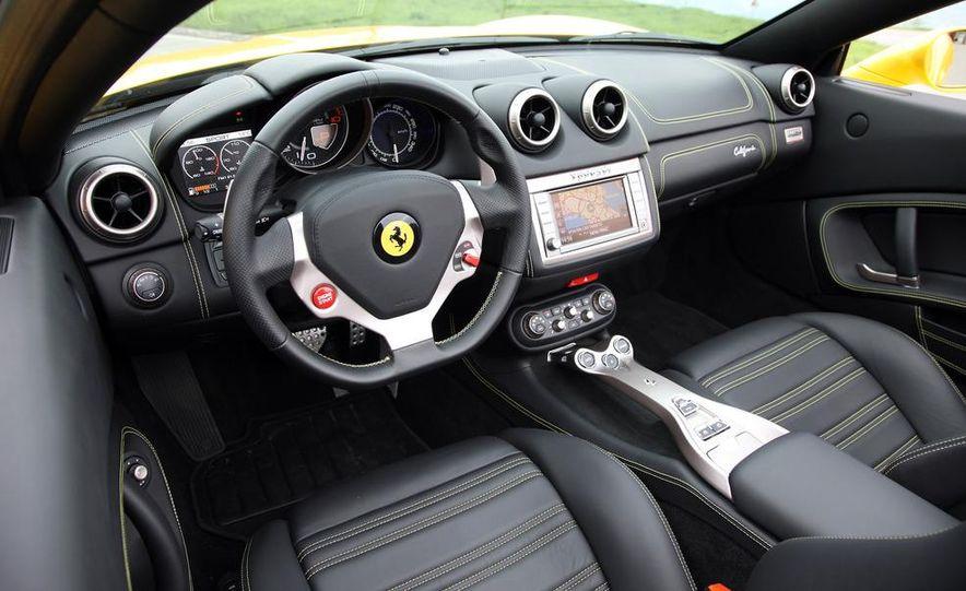 2013 Ferrari California - Slide 49