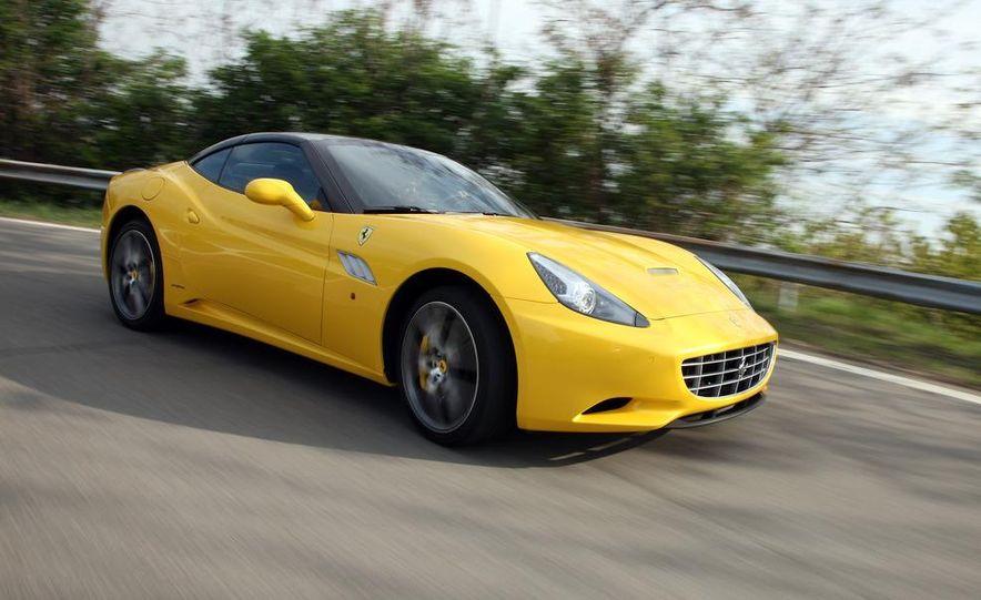 2013 Ferrari California - Slide 7