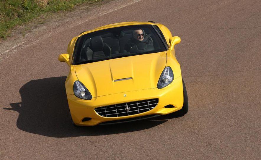 2013 Ferrari California - Slide 17