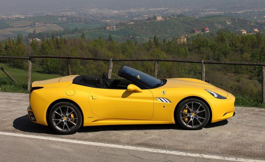 2013 Ferrari California - Slide 31