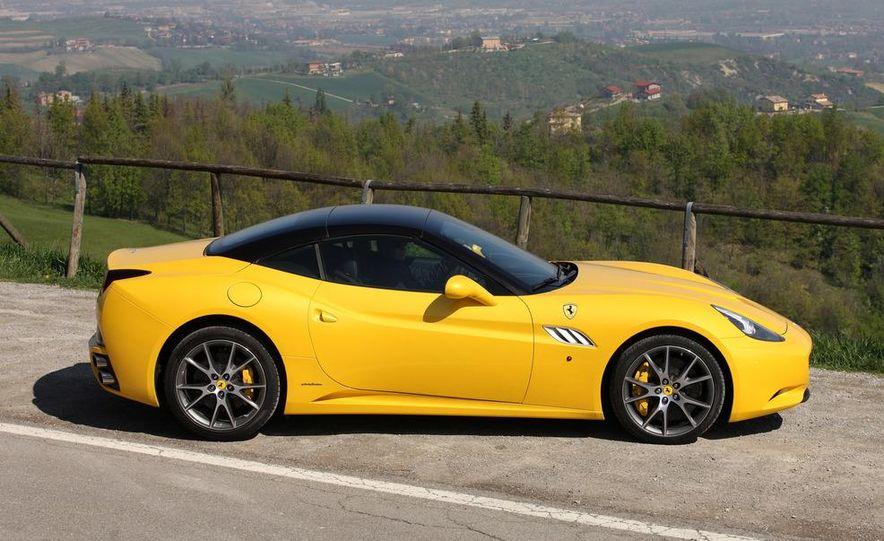 2013 Ferrari California - Slide 37