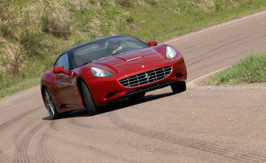 2013 Ferrari California - Slide 65