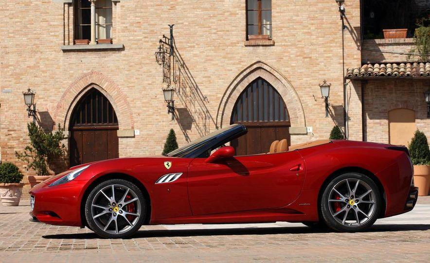 2013 Ferrari California - Slide 80
