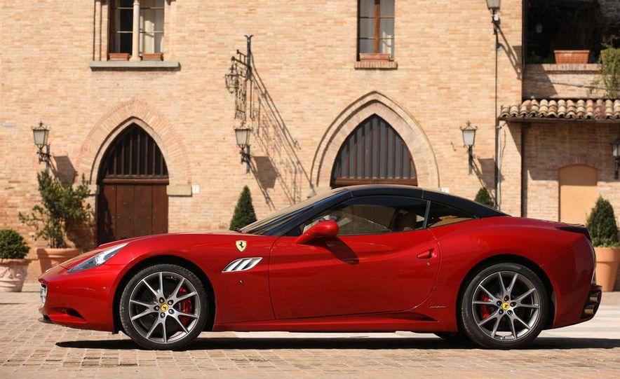 2013 Ferrari California - Slide 81