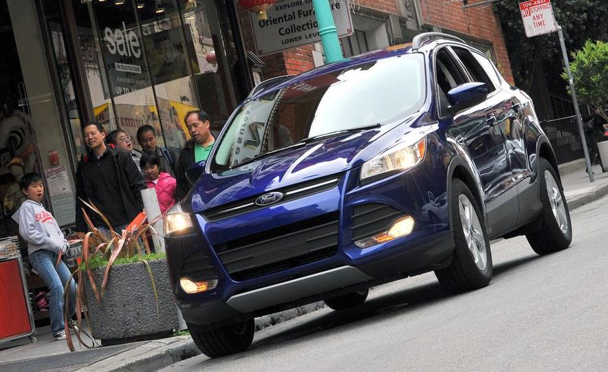 2013 Ford Escape Titanium EcoBoost - Slide 11
