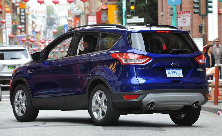 2013 Ford Escape Titanium EcoBoost - Slide 13