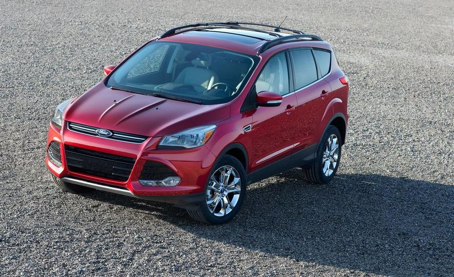 2013 Ford Escape Titanium EcoBoost - Slide 20
