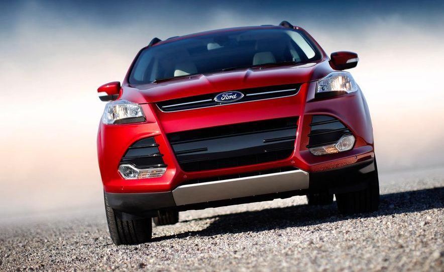 2013 Ford Escape Titanium EcoBoost - Slide 22