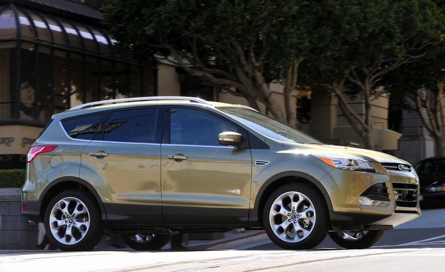 2013 Ford Escape Titanium EcoBoost - Slide 5