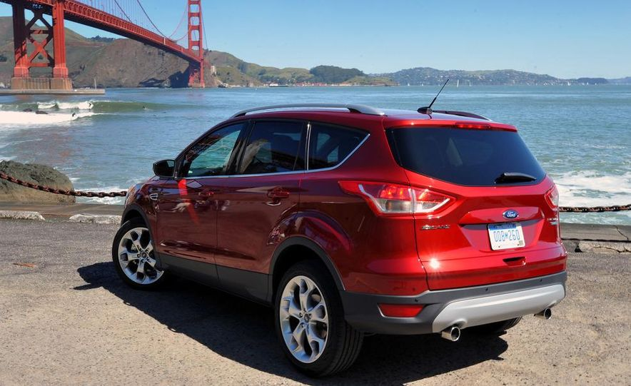 2013 Ford Escape Titanium EcoBoost - Slide 2
