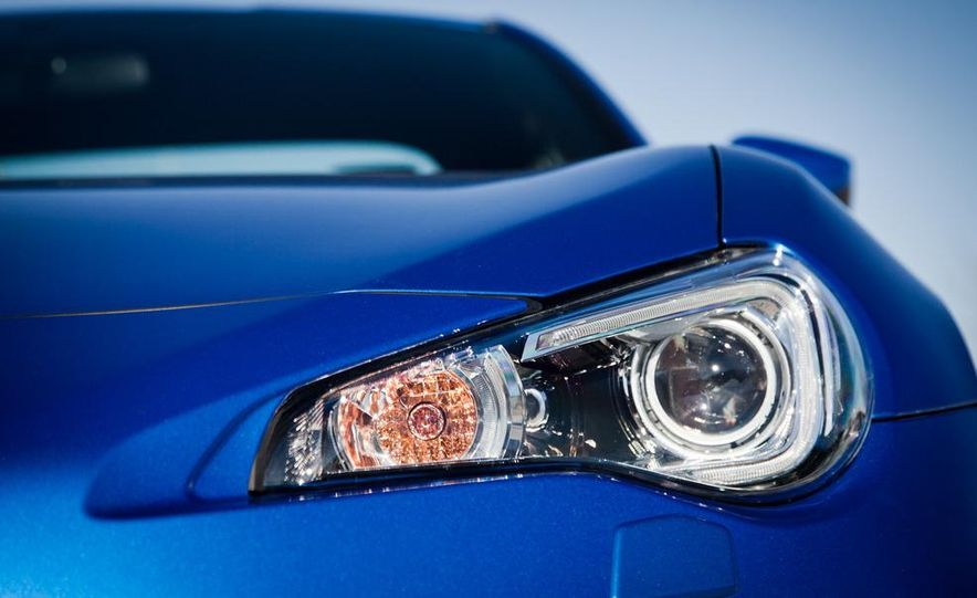 2013 Subaru BRZ Limited - Slide 21