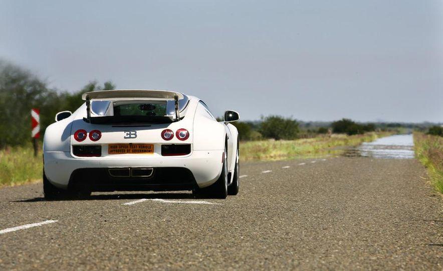 2013 Bugatti Veyron 16.4 Grand Sport Vitesse - Slide 9