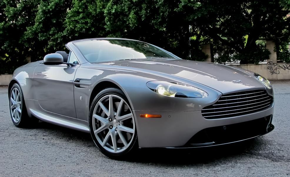 Beautiful 2012 Aston Martin V8 Vantage Roadster