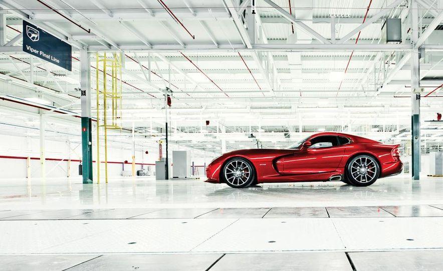 2013 SRT Viper GTS - Slide 2