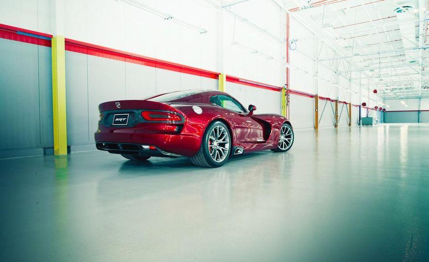 2013 SRT Viper GTS - Slide 3