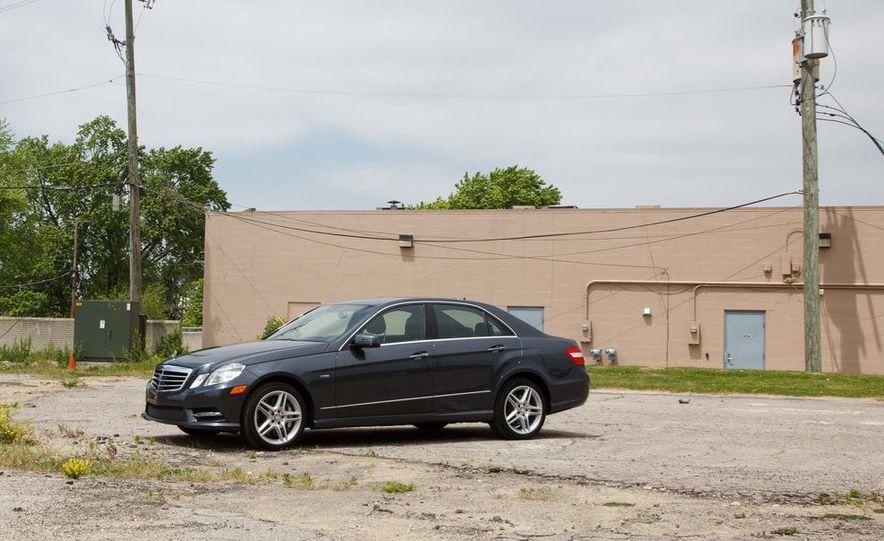 2012 Mercedes-Benz E550 4MATIC Blue Efficiency - Slide 11