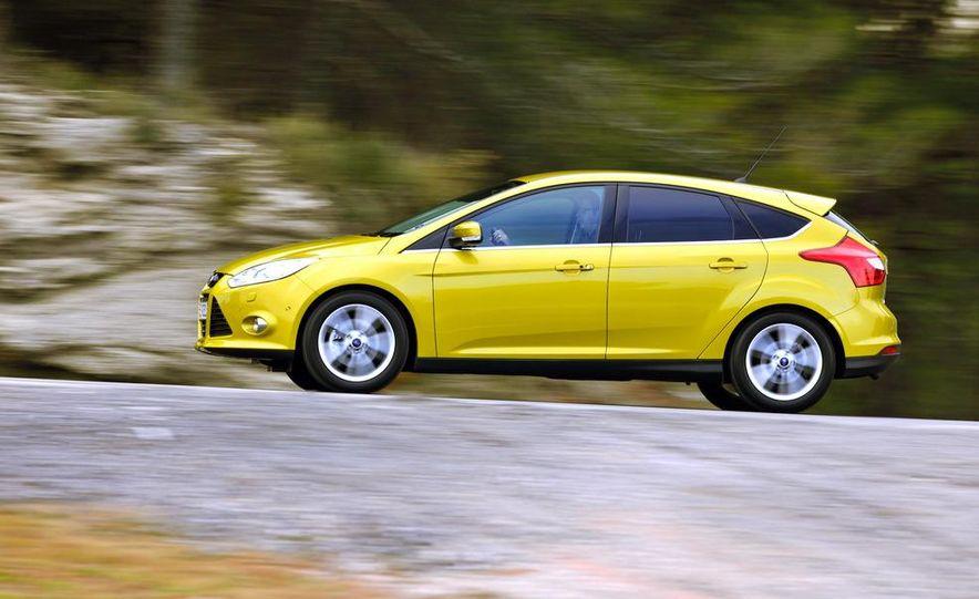 2012 Ford Focus 1.0L EcoBoost - Slide 1