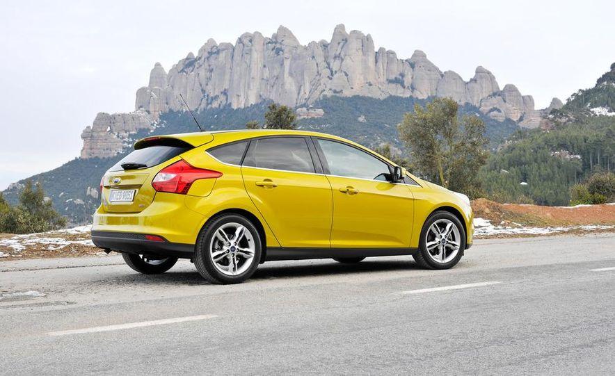 2012 Ford Focus 1.0L EcoBoost - Slide 5