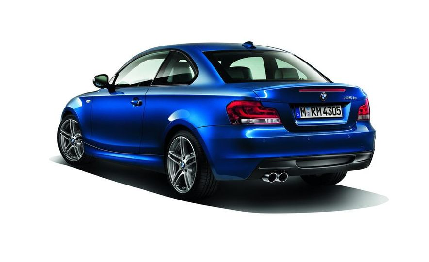2013 BMW 135is coupe - Slide 2