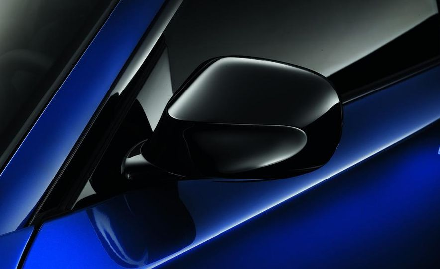 2013 BMW 135is coupe - Slide 5