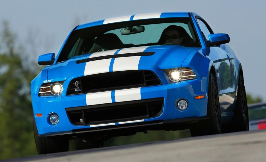 2013 Ford Mustang Shelby GT500 coupe - Slide 42