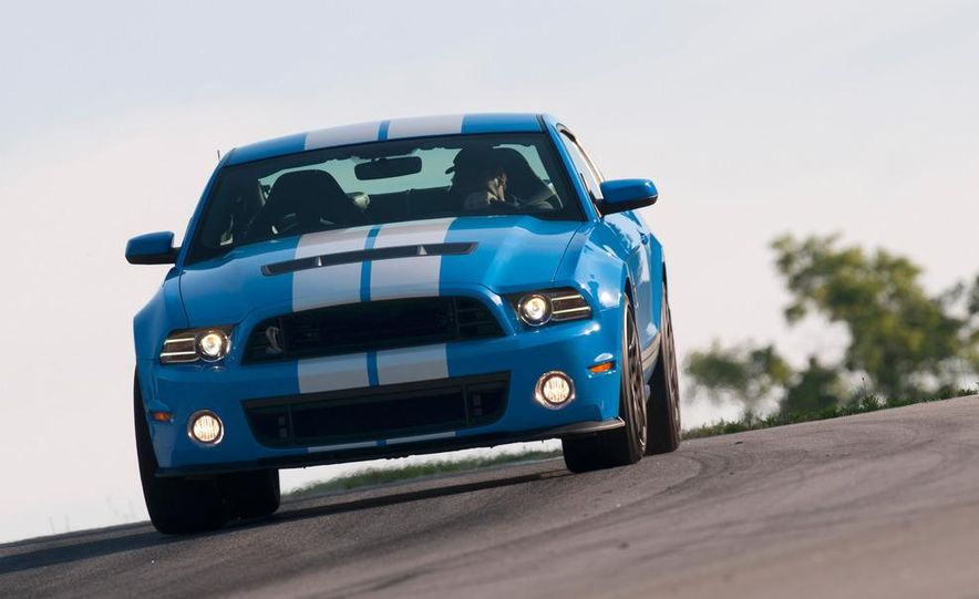 2013 Ford Mustang Shelby GT500 coupe - Slide 49