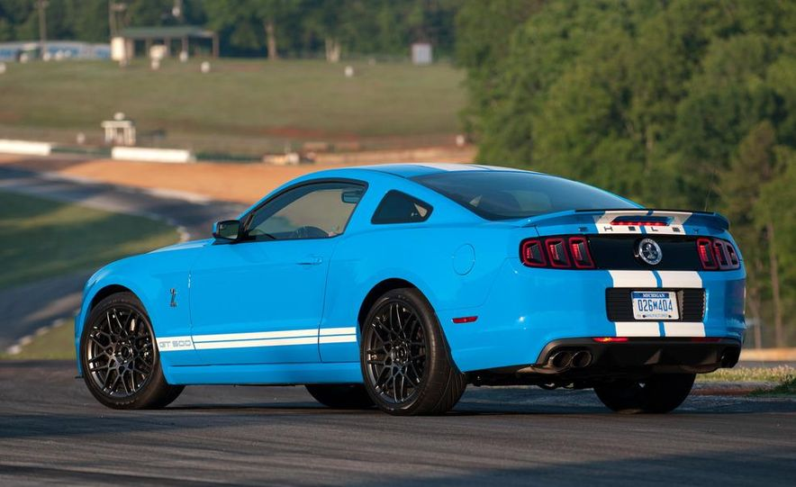 2013 Ford Mustang Shelby GT500 coupe - Slide 51