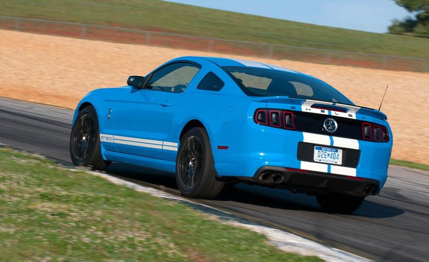2013 Ford Mustang Shelby GT500 coupe - Slide 52