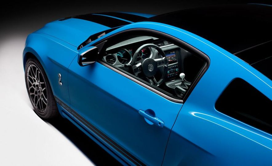 2013 Ford Mustang Shelby GT500 coupe - Slide 62