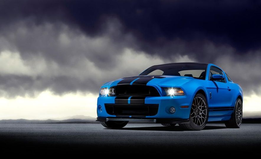 2013 Ford Mustang Shelby GT500 coupe - Slide 56