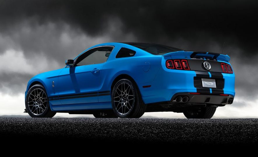 2013 Ford Mustang Shelby GT500 coupe - Slide 57