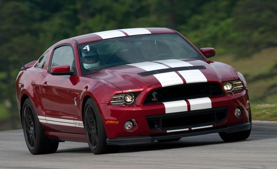 2013 Ford Mustang Shelby GT500 coupe - Slide 6