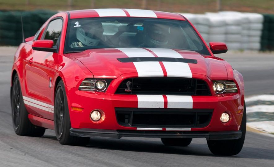 2013 Ford Mustang Shelby GT500 coupe - Slide 8