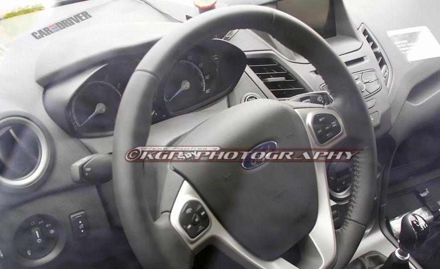 2014 Ford Fiesta ST 5-door (spy photo) - Slide 17