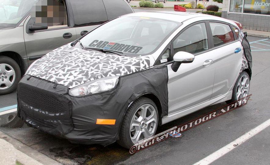 2014 Ford Fiesta ST 5-door (spy photo) - Slide 1